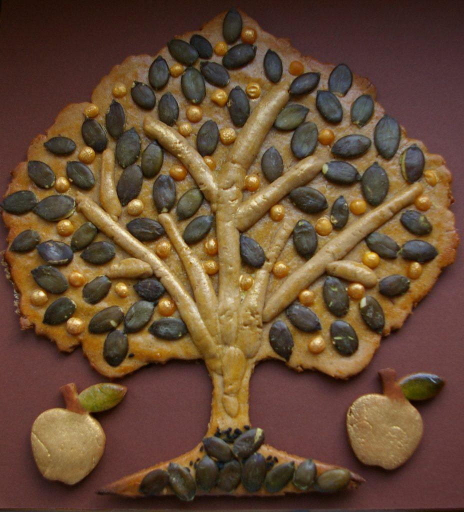 sowa drzewo aluzje